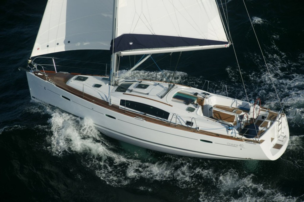 Oceanis 40 Sailing in Greece yacht charter Ionian islands Odysseus