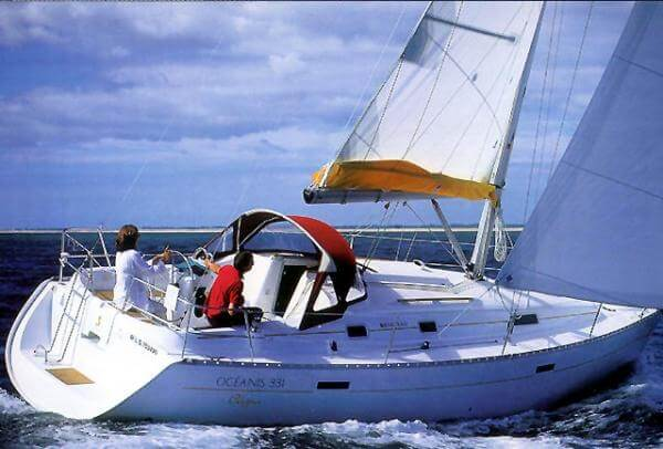 beneteau-oceanis-clipper-331-01